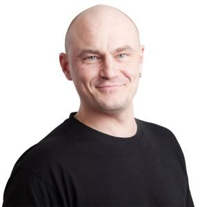 Valmispiippujen myynti, Juha Jutila
